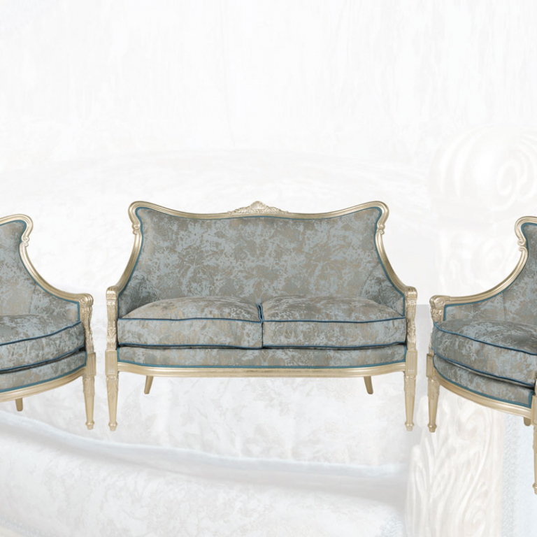 Sitting Rooms & Bergeres